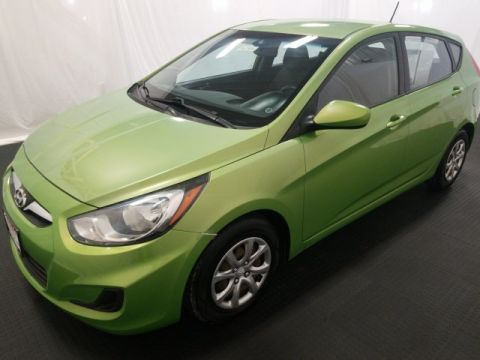 Pre-Owned 2013 Hyundai Accent GS